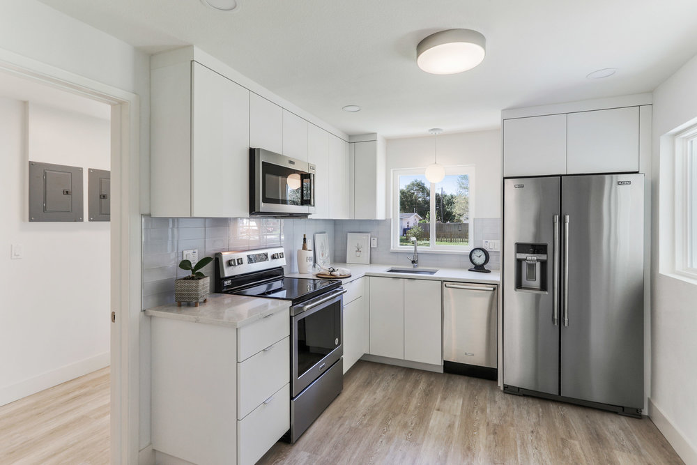 1051 6th Ave NW-4.jpg