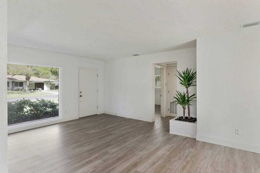 1051 6th Ave NW-8.jpg