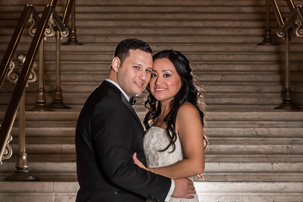 IVONNE + MOE - Bridgeport Art Center - Skyline Loft