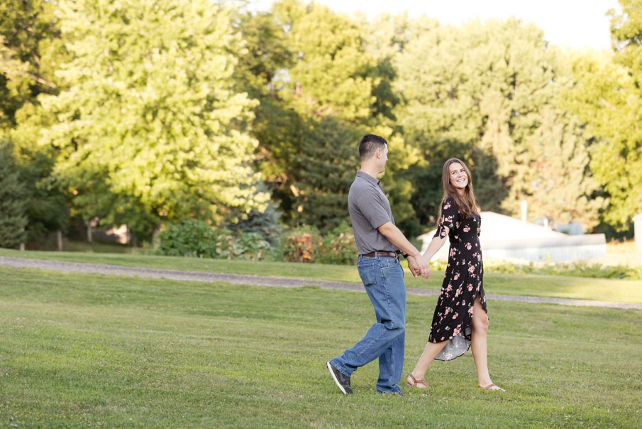 Alice Hq Photography | Courtney + Zach | Belle Plaine MN Engagement8.jpg