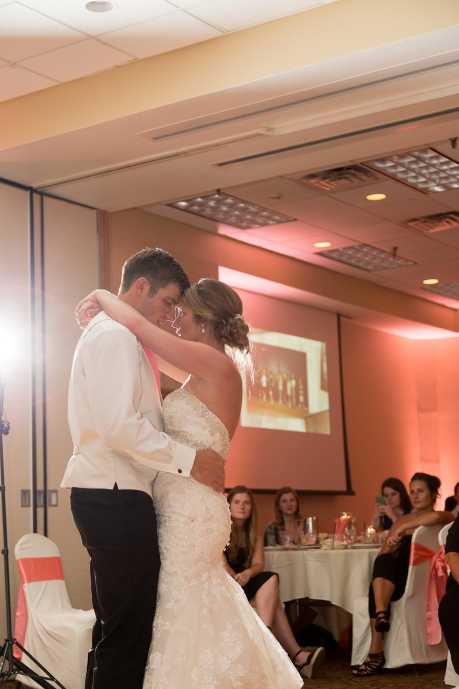 Alice Hq Photography |Courtney + Tyler Mankato MN Wedding19.jpg