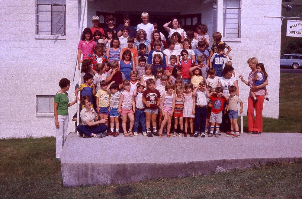 June 1984 - Children at Wallens Creek