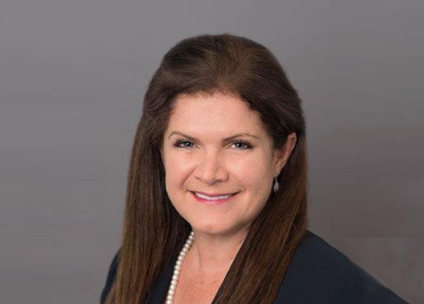 Katie Szyman   Corporate Vice President & General Manager, Edwards Lifesciences
