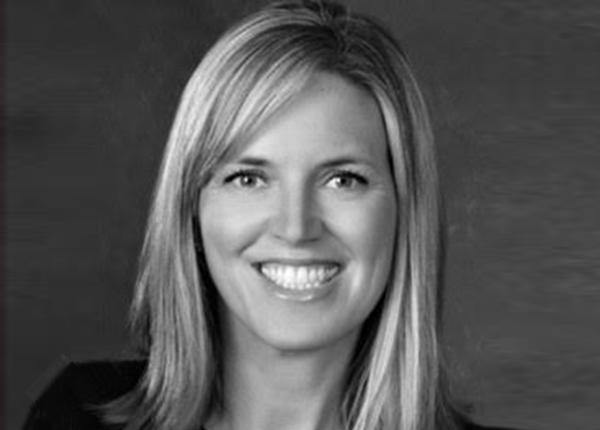 Carrie Strom   Vice President of Aesthetic & Regenerative Medicine, Allergan