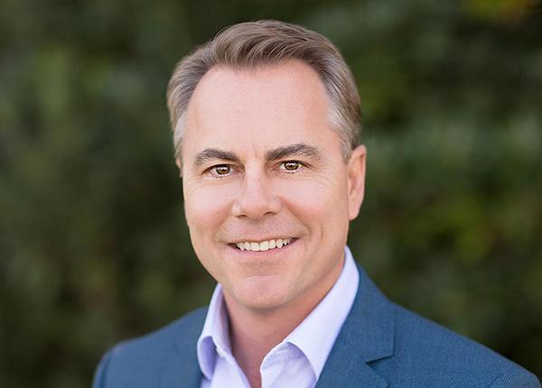 Ed Roschak   CEO, Vasucular Dynamics