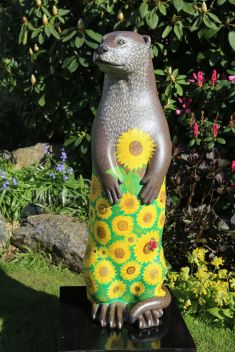 Sunny the Blooming Otter Created and Decorated by Janet & Isobel Drummond and Sponsored by  Farnham in Bloom