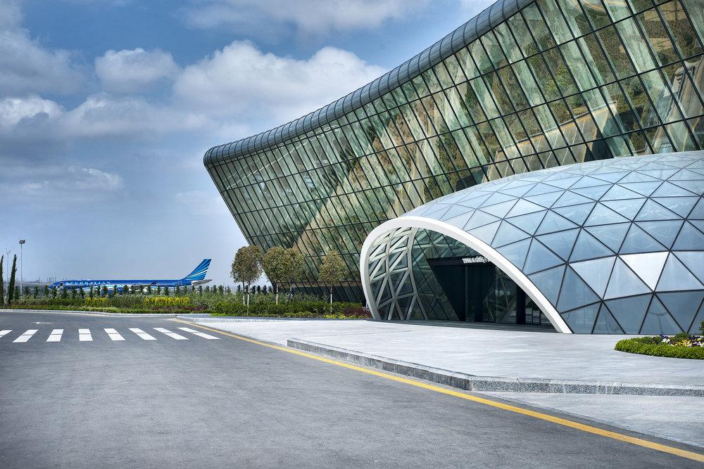 aeroportoazerbajiao.jpg