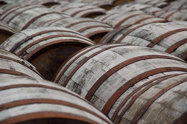 bourbon barrels-w.jpg