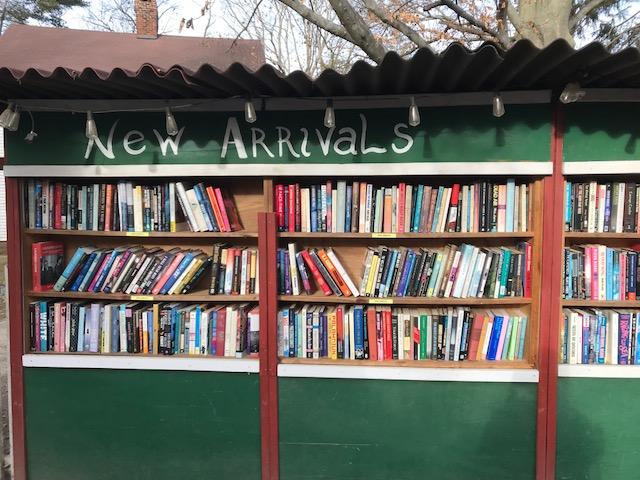 Book Barn (Niantic).jpg
