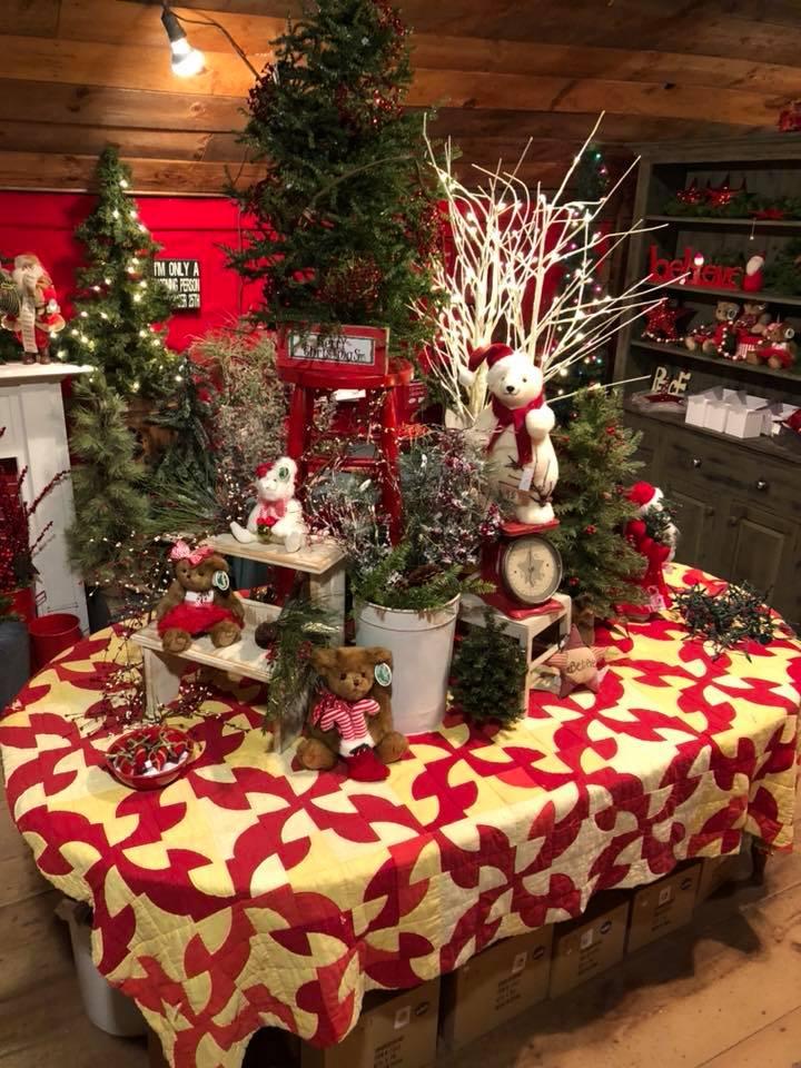 Facebook.com/The-Christmas-Barn