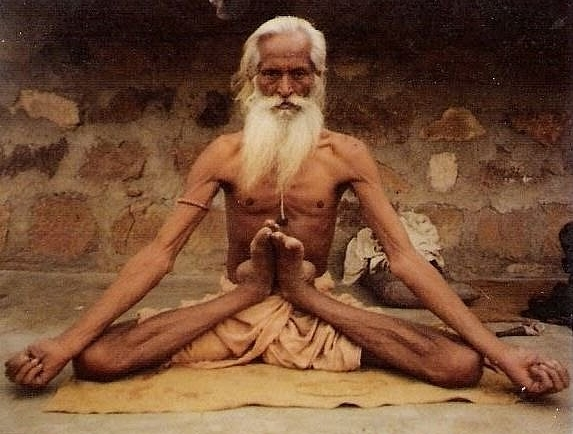 traditional-indian-yogi-yoga-yogini-yogi-namaste-om-aum-.jpg
