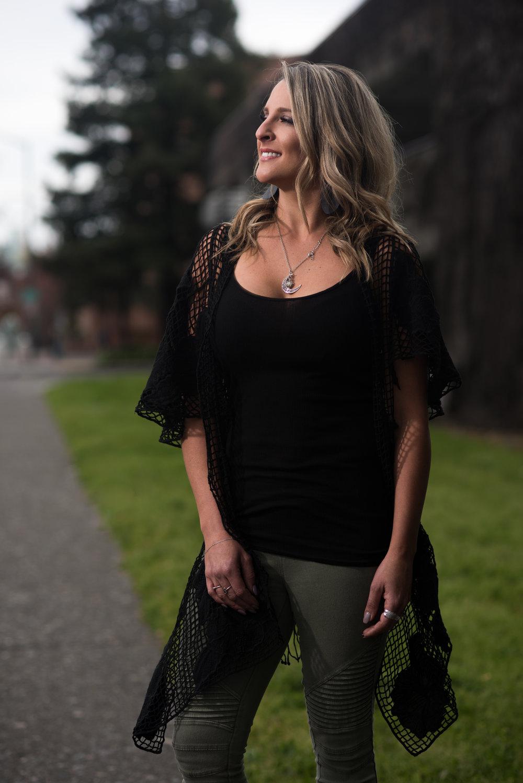 Kim Burton<a href=/stylist-kim-burton>Meet her →</a>