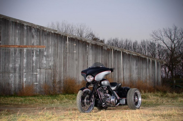 2010-street-glide-trike-41.jpg