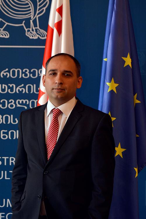 Levan Kharatishvili_web.jpg