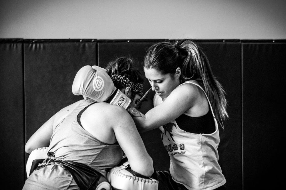2016 women kickboxing24.jpg