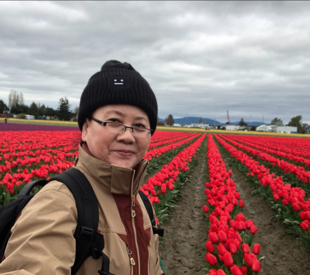 """Excellent Tour, Excellent Guide""     ""We covered two Tulip farms and Deception Pass with lunch at La Conner woven in. The tulips are great and Deception Pass is breathtaking. Our tour guide, Mike, was very knowledgeable and flexible.""    -Sri, San Jose, CA"