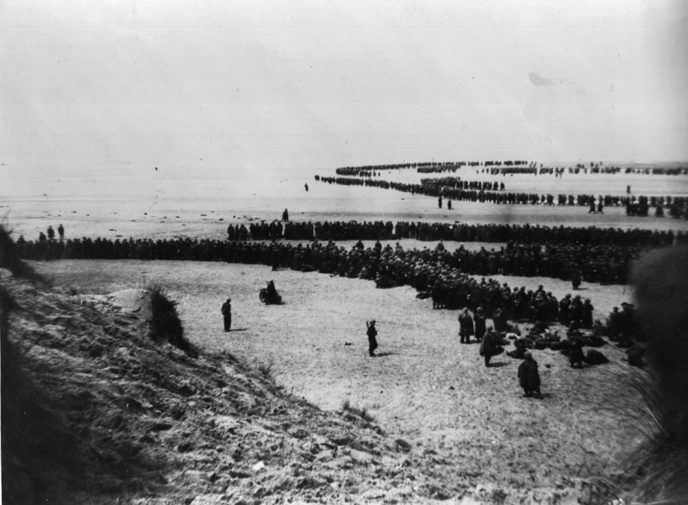British troops awaiting rescue on the beach at Dunkirk.