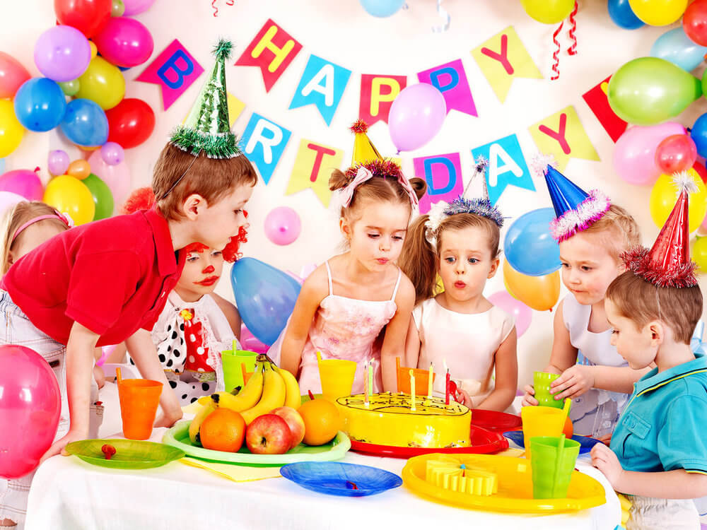 Birthday-party-limousine-rental-services.jpg