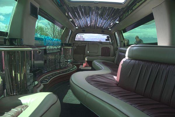 Escalade-interior-600-limousine-rental-services-utah.jpg
