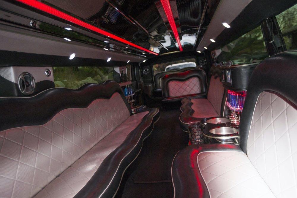 Divine-Limousine-Hummer-Stretch-18-Passenger-Inside-18.jpg