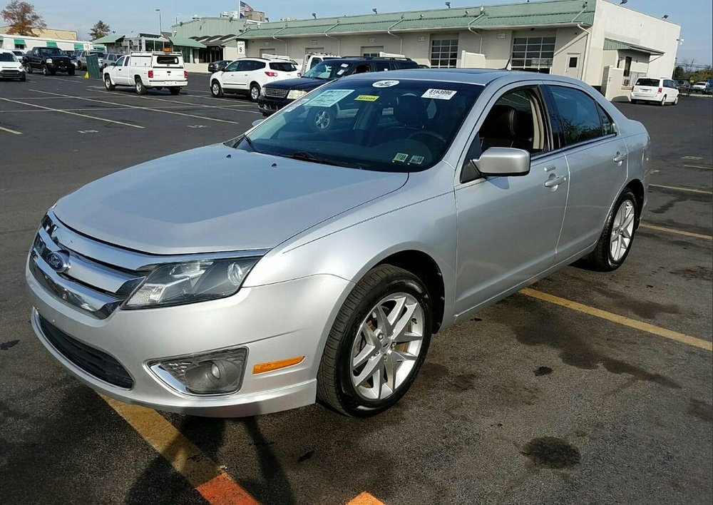 2011 Ford Fusion - $9,000