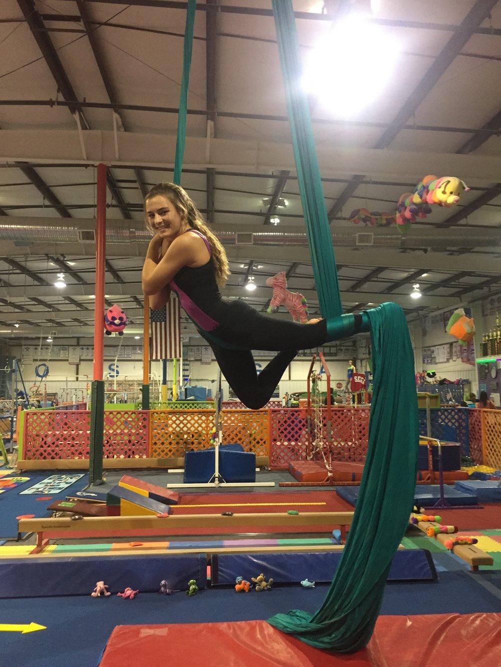 aerial-acrobatics-circus-kids