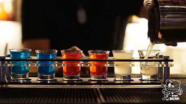 🍹 It's time to take a shot coz it's FRIDAY night!!!!