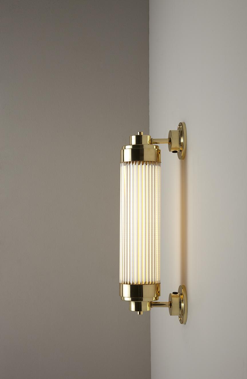 DP7216_BR_PO_Pillar_Offest_Wall_LED_Polished_Brass_006.jpg