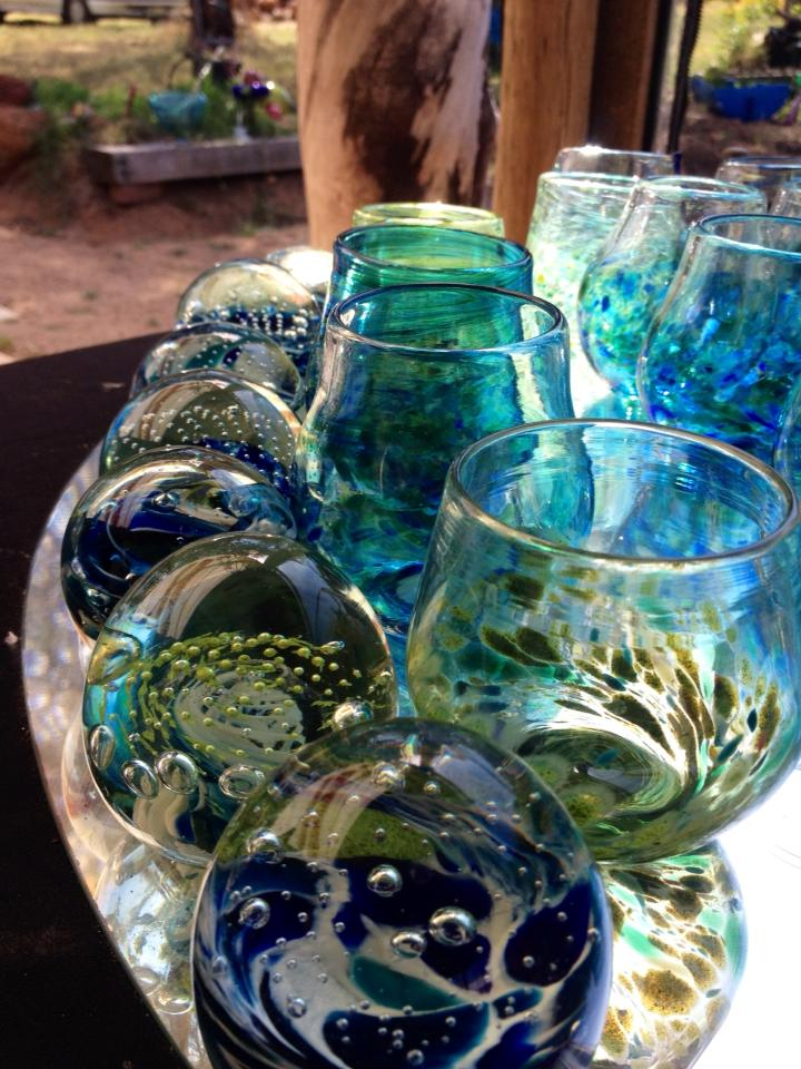 Gerry-Reilly-winecups-and-paperweights-blown-glass-60-75mm-height.jpg