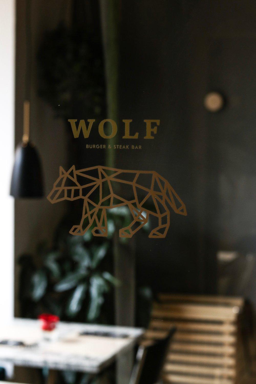 WOLF - Burger & Steak Bar — Luzern isst - das Luzerner Restaurant ...
