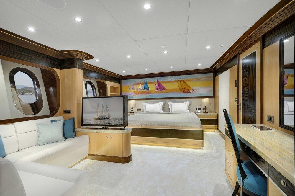 Meira Yacht (9).jpg