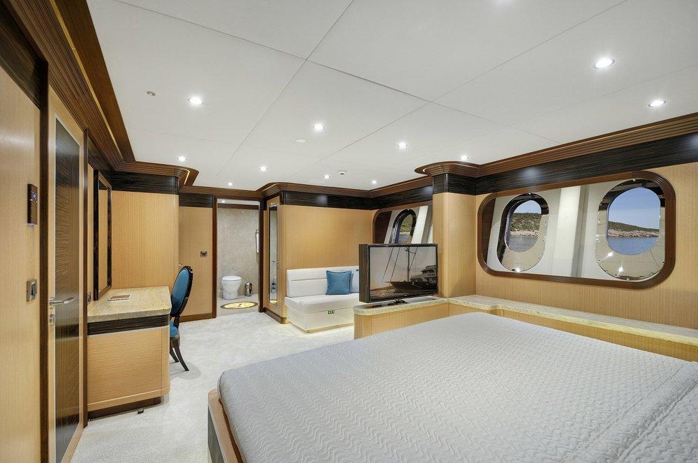 Meira Yacht (10).jpg