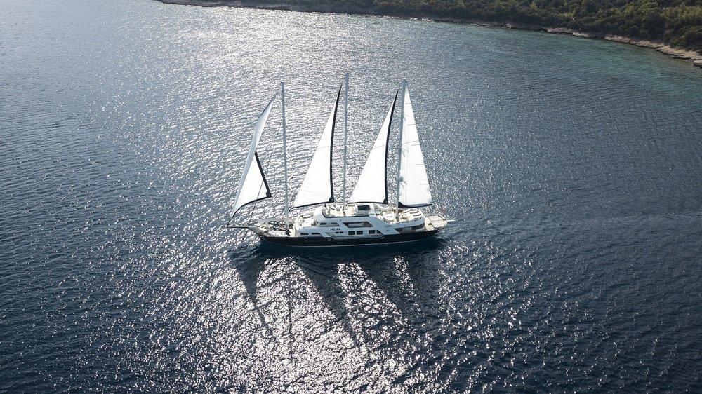 Meira Yacht (69).jpg