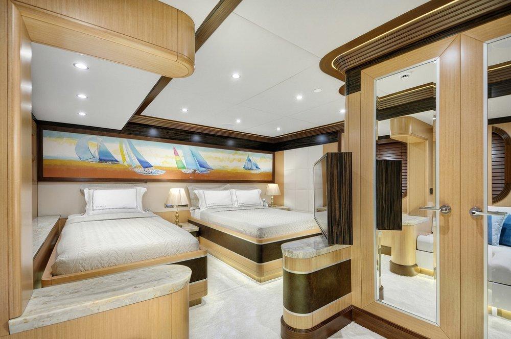 Meira Yacht (82).jpg