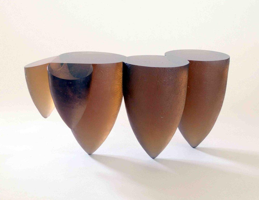 Ann Wolff 2000  DES FEMMES  29 x 28 x 60 cm