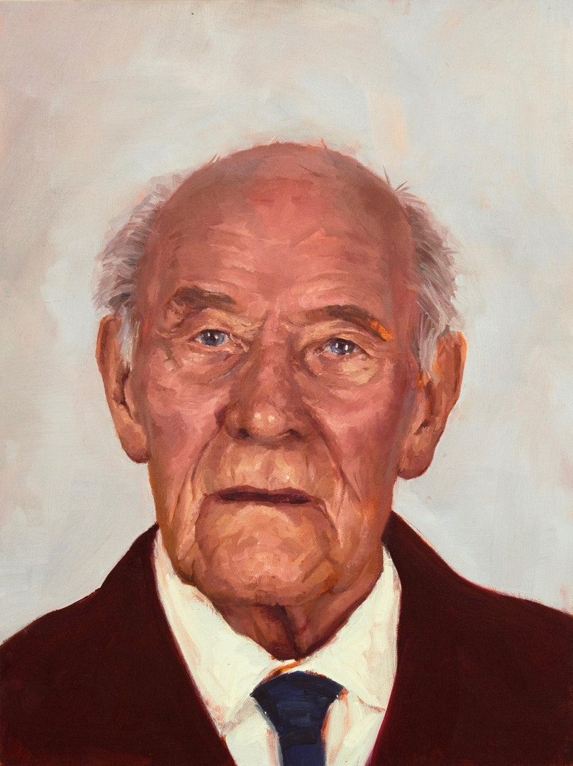 Amy Hughes  Grandfather (Harry)  Oil on linen, 61 x 46 x 3 cm  http://amyvhughes.com