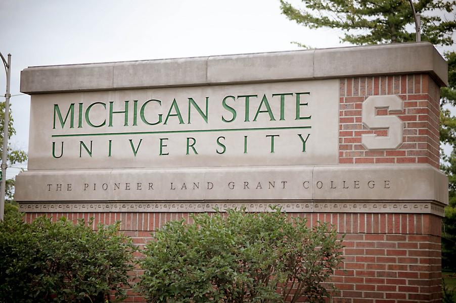 michigan state university engagement photos