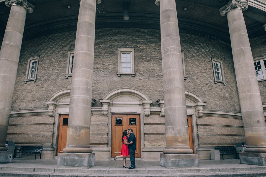 Toronto Engagement Photos