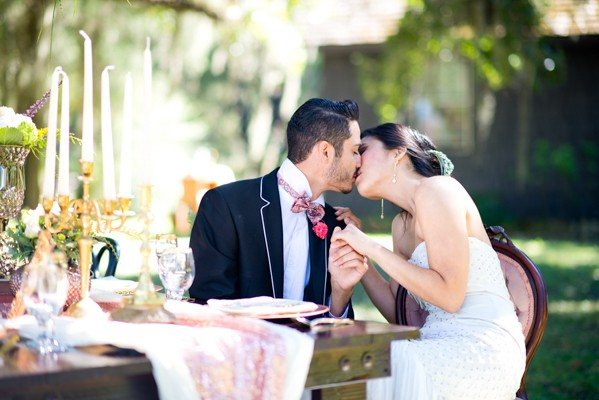 Tampa Vintage Luxury Styled Shoot