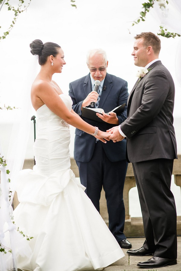Elegant Lakefront Shoreby Club Wedding