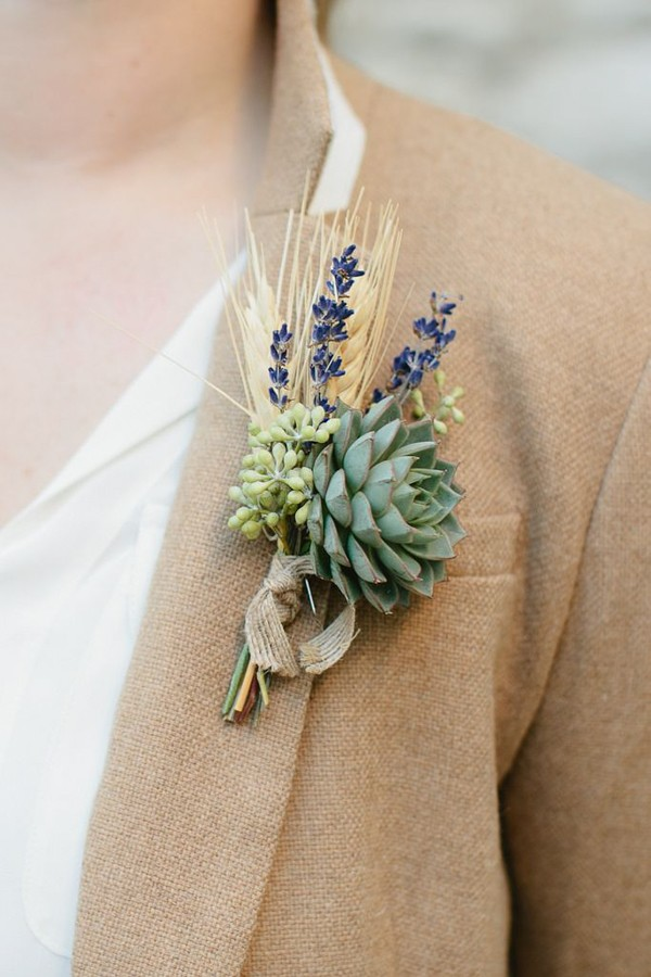Lavender Boutonniere Idea For Groom