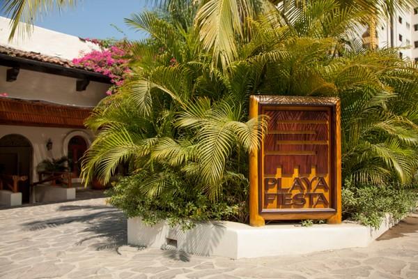 Puerto Vallarta Mexico Real Wedding_-2