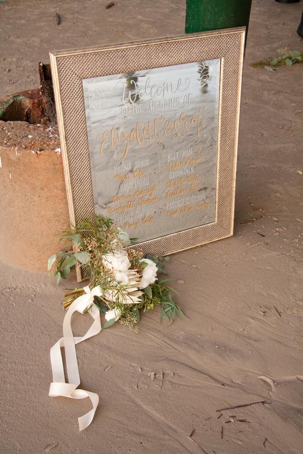 Christmas-Beach-Elopement-Styled-Shoot-10