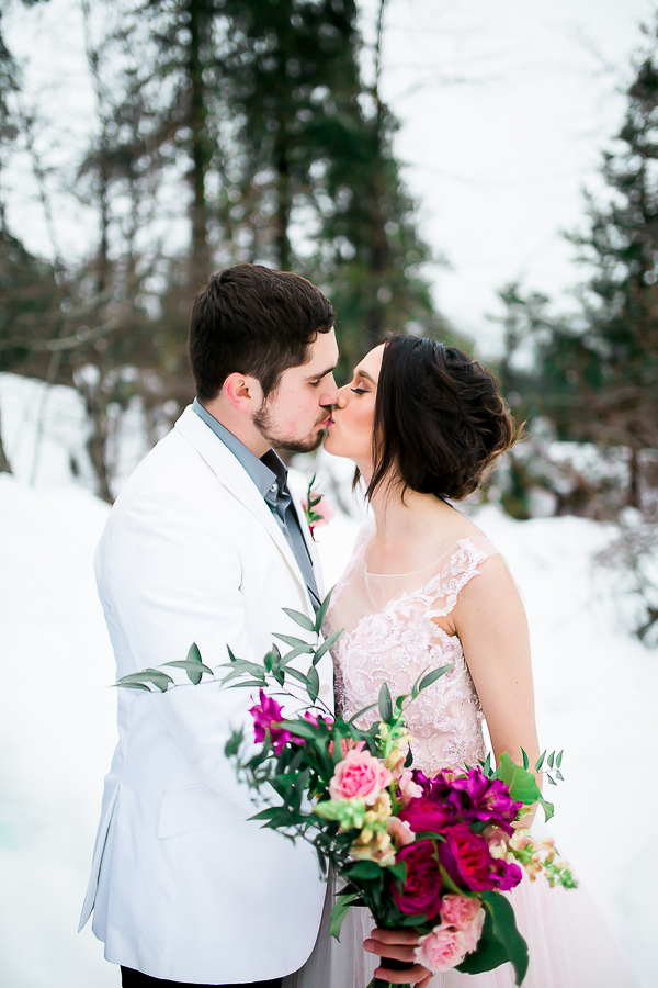 Blush Pink Inspired Winter Wedding-12
