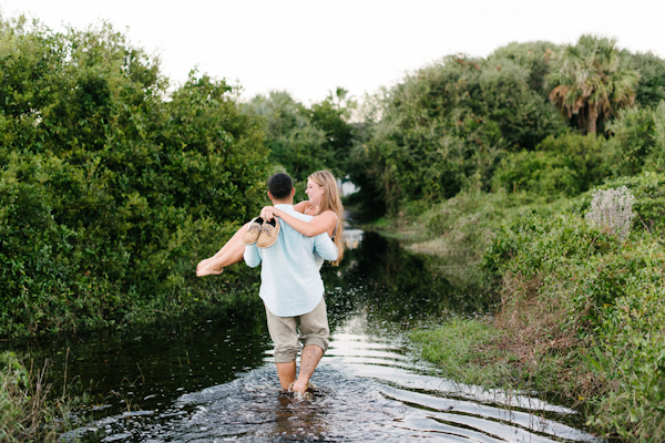 boone-hall-plantation-engagement-portraits_-11