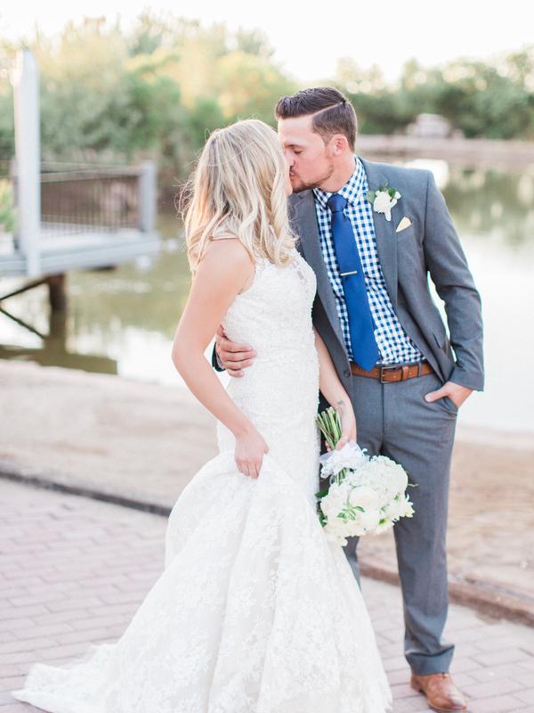 elegant-wedding-at-the-windmill-winery-12