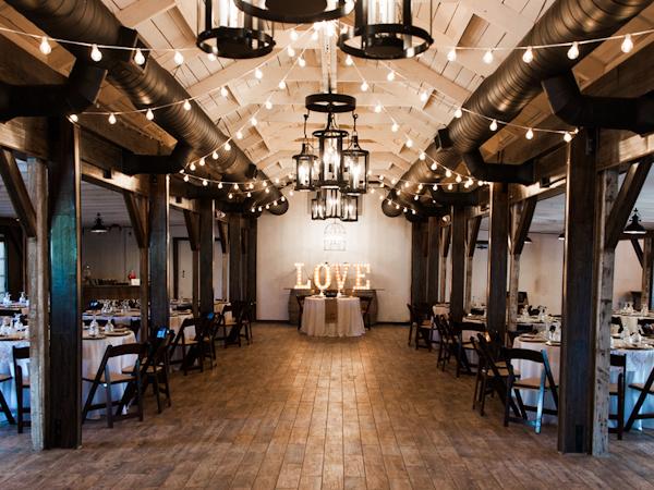 elegant-wedding-at-the-windmill-winery-17