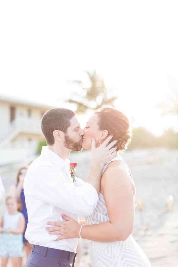 jupiter-beach-florida-wedding_-6