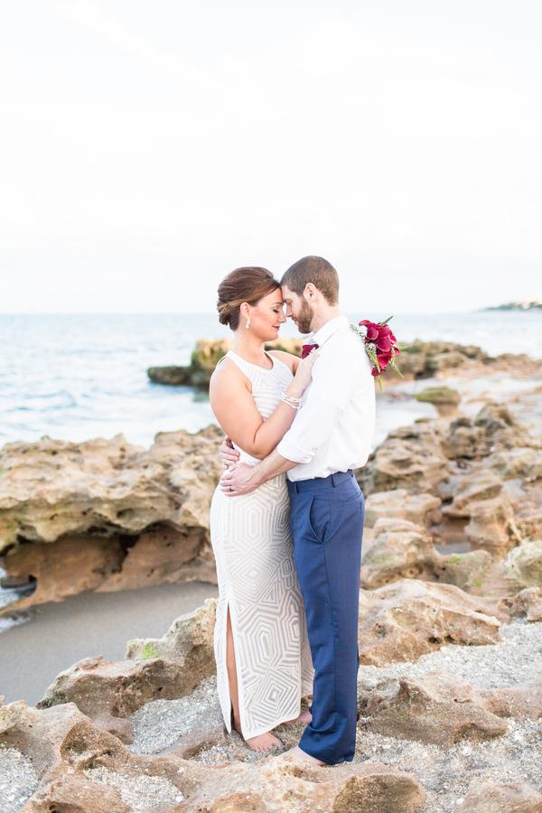 jupiter-beach-florida-wedding_-7