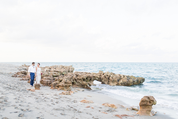 jupiter-beach-florida-wedding_-8